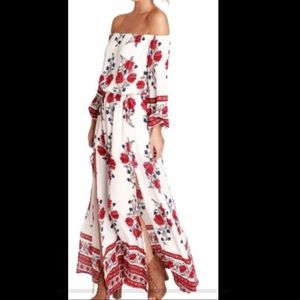 yes fashion Dresses - Brand New Off Shoulder Bohemia Beach Dress Jrs M